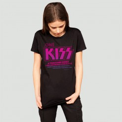 One kiss, women's t-shirt